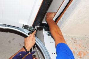 Contractor repair Garage Door Springs. Garage door seal, garage door installation.