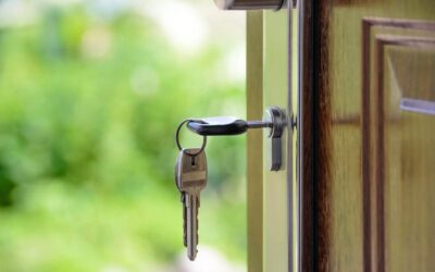 The Key to Safety: 9 Signs It's Time for You to Replace Your Door Locks
